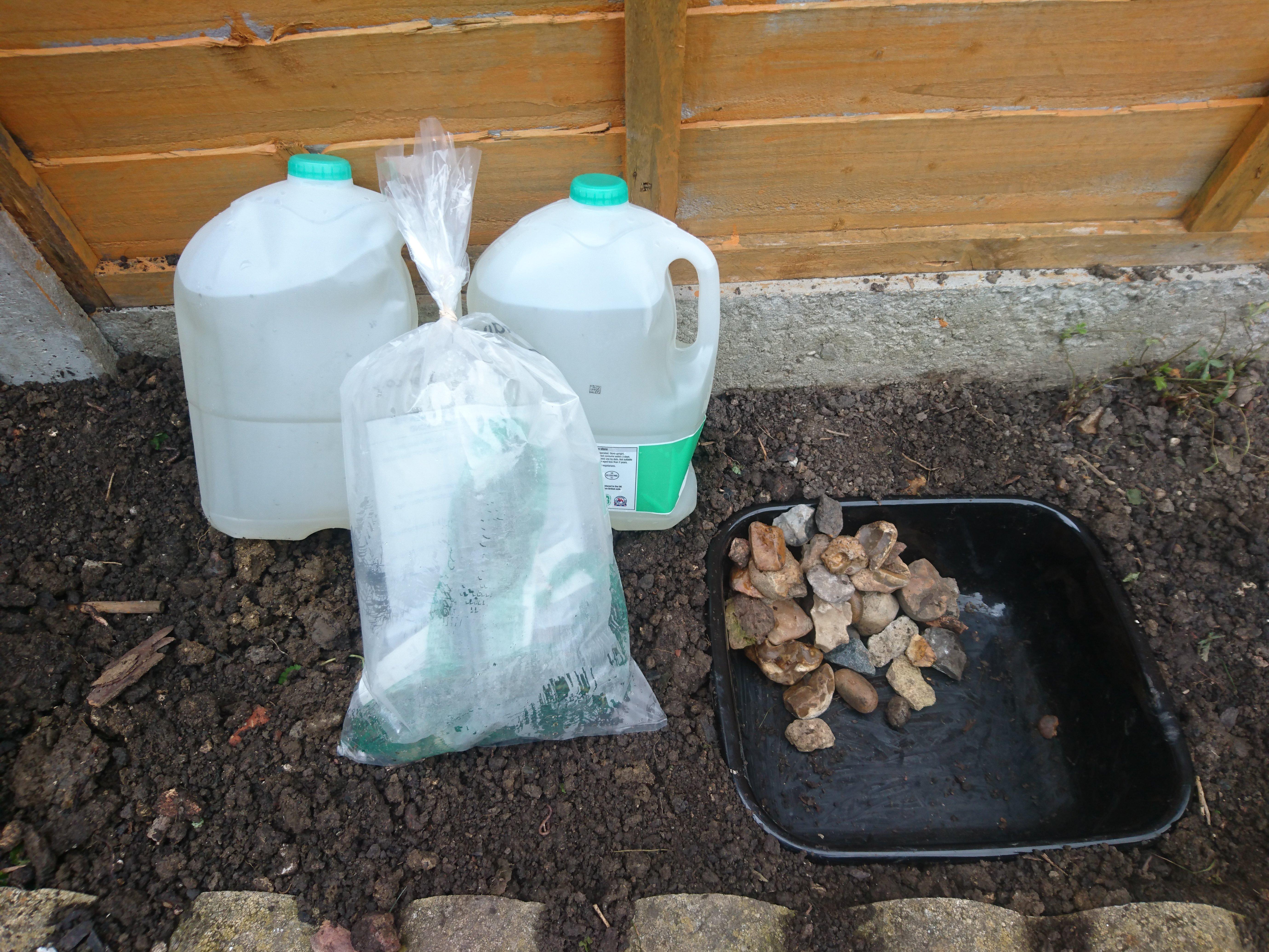 How to make a back garden Wildlife Pond